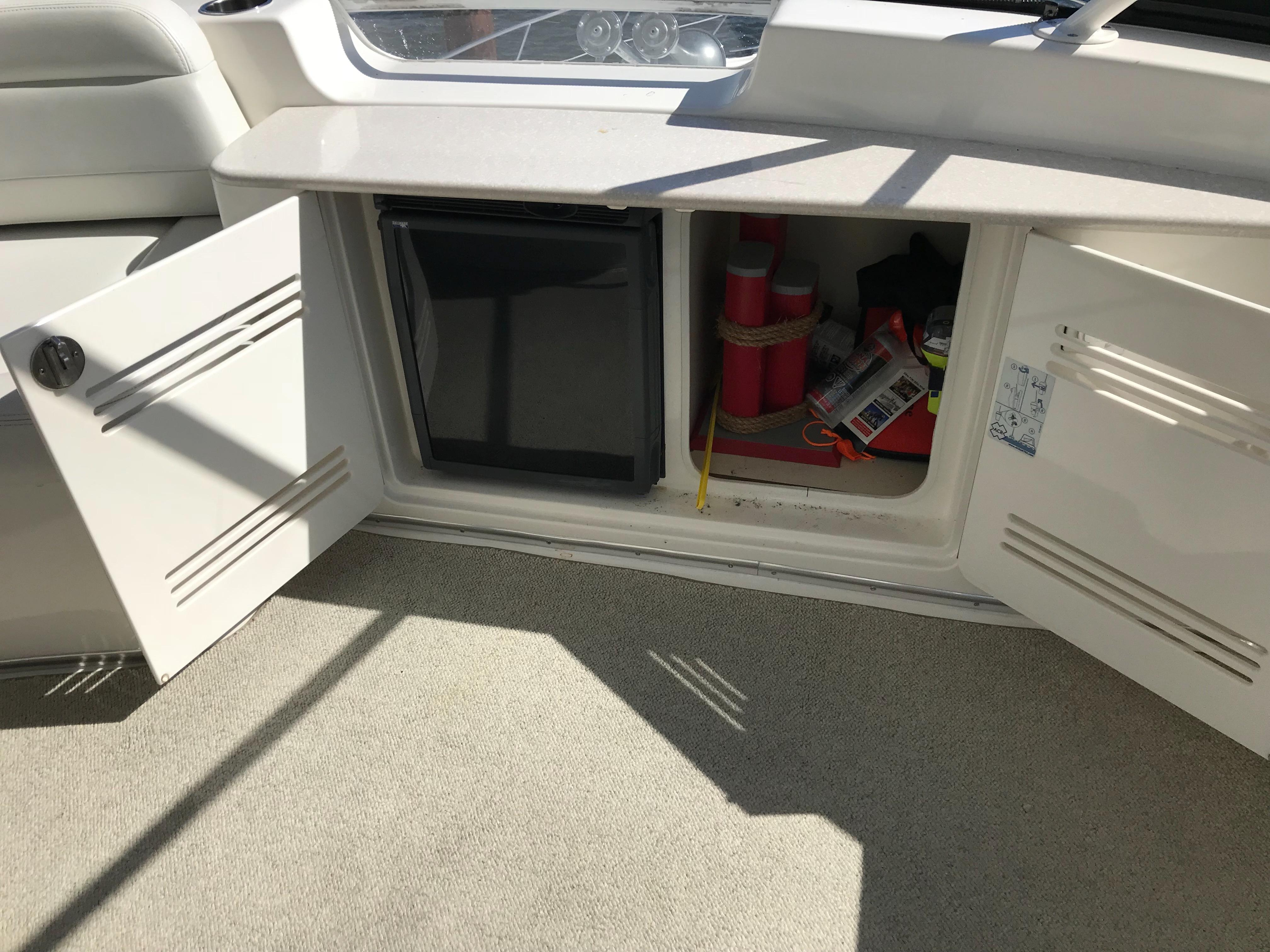 Silverton 48 Convertible - Beverage Refrigerator on Bridge