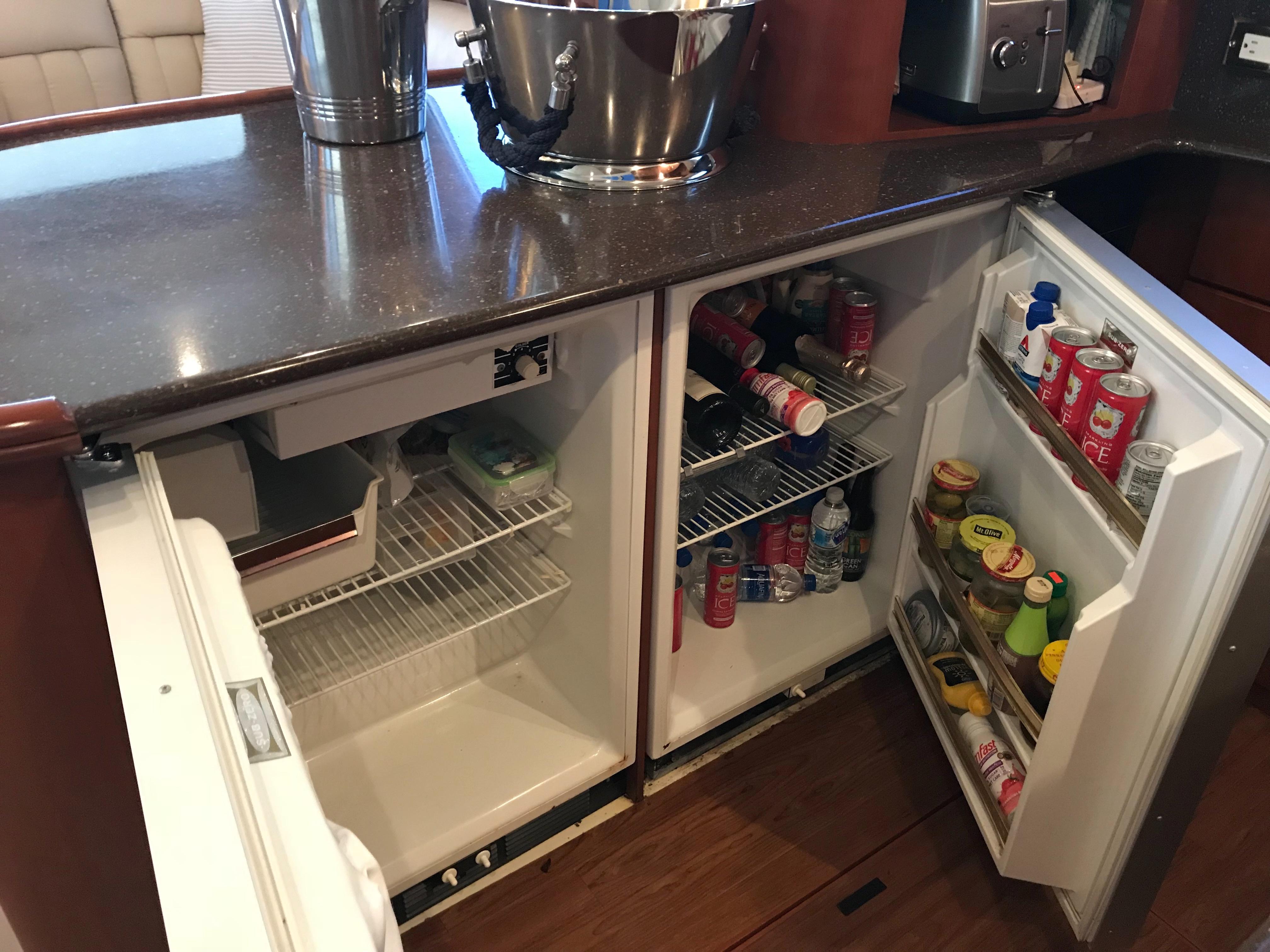 Silverton 48 Convertible - Subzero Refrigerator and Freezer