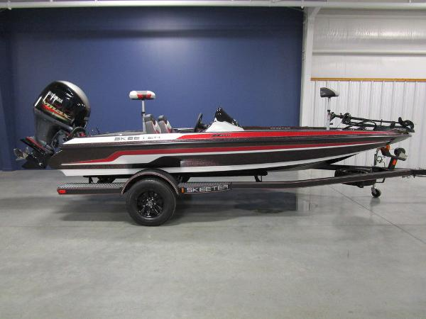 2021 Skeeter boat for sale, model of the boat is ZX150 & Image # 1 of 49