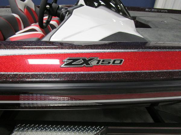 2021 Skeeter boat for sale, model of the boat is ZX150 & Image # 15 of 49