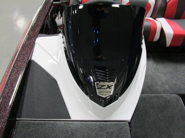 2021 Skeeter boat for sale, model of the boat is ZX150 & Image # 26 of 49