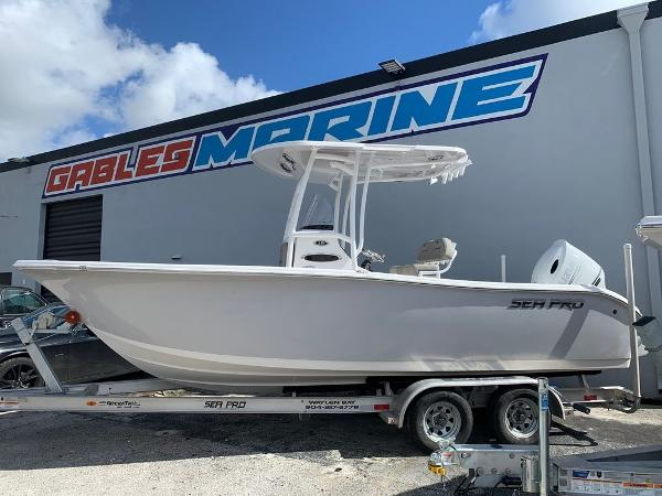 2021 Sea Pro boat for sale, model of the boat is 219 Center Console & Image # 1 of 8