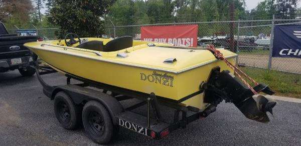 1968 Donzi boat for sale, model of the boat is Classic 18 & Image # 2 of 13