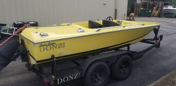 1968 Donzi boat for sale, model of the boat is Classic 18 & Image # 7 of 13
