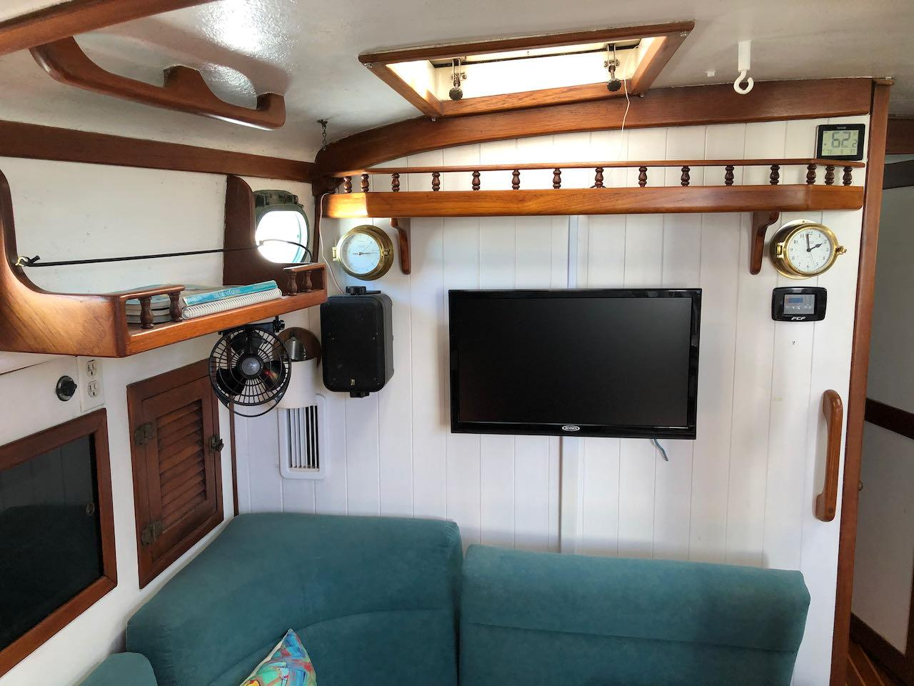 Main salon and TV