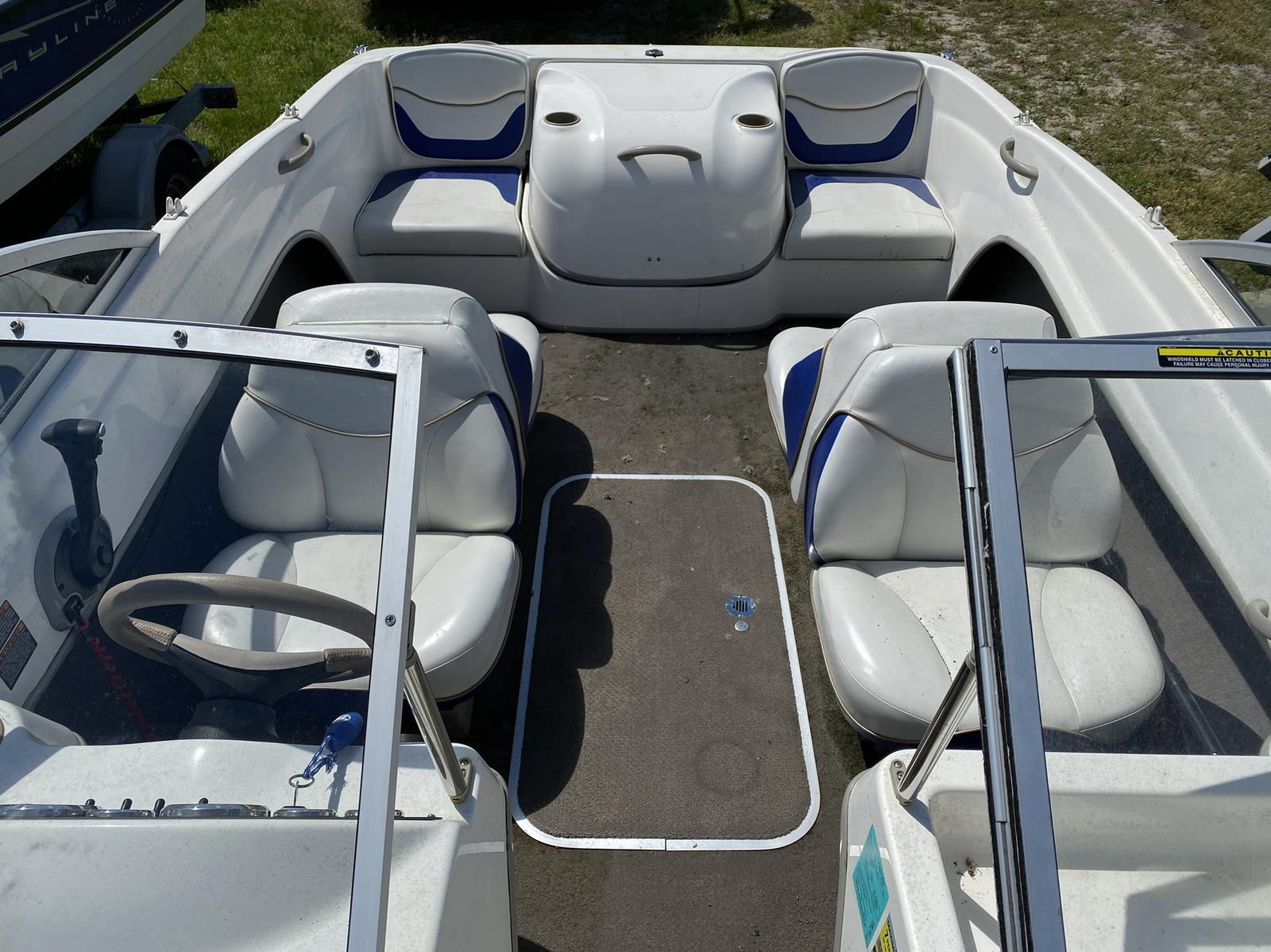 2003 Bayliner boat for sale, model of the boat is 175 Bowrider & Image # 3 of 10