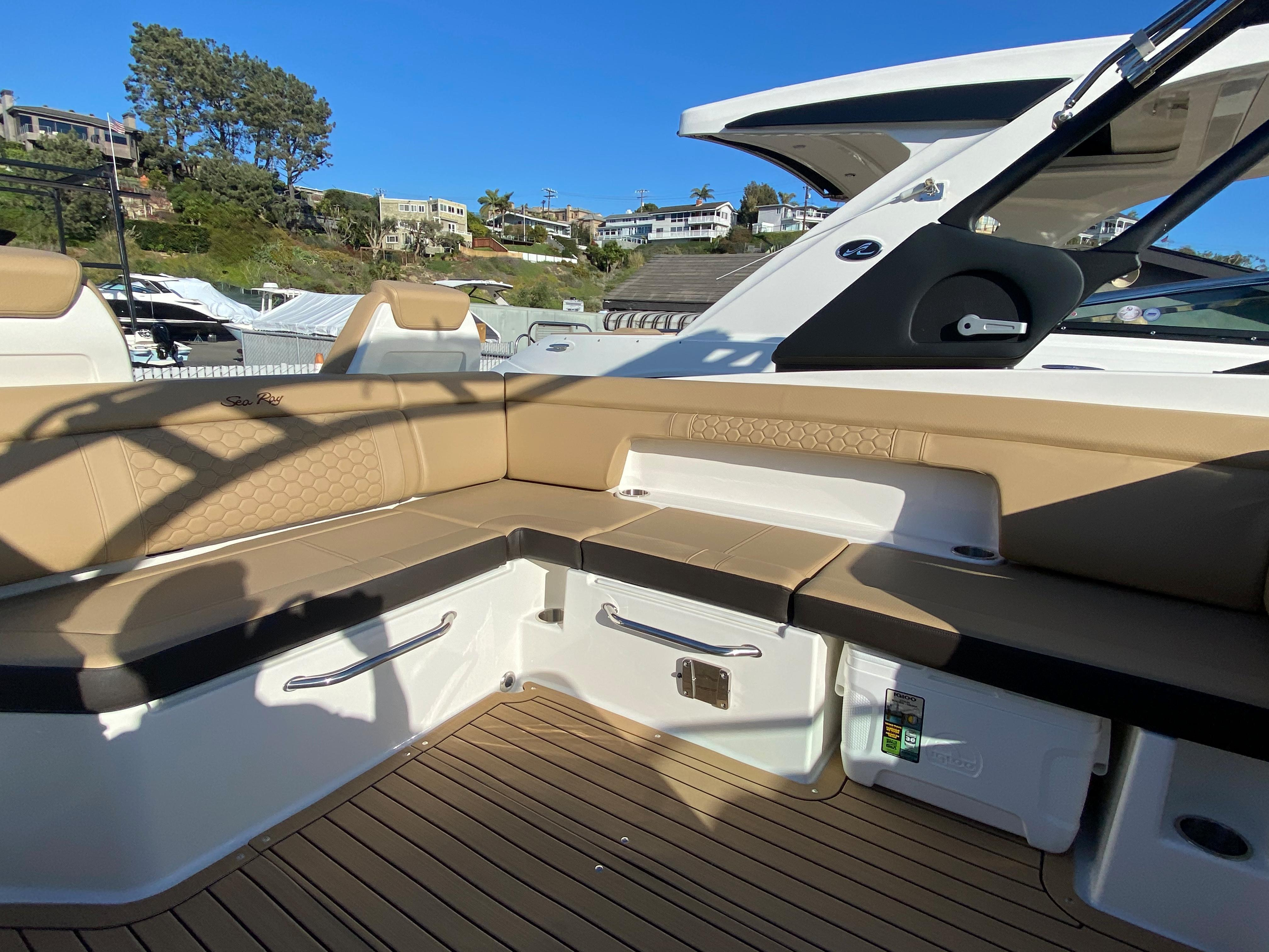 2021 Sea Ray SDX 290 OB #S1843A inventory image at Sun Country Coastal in Newport Beach