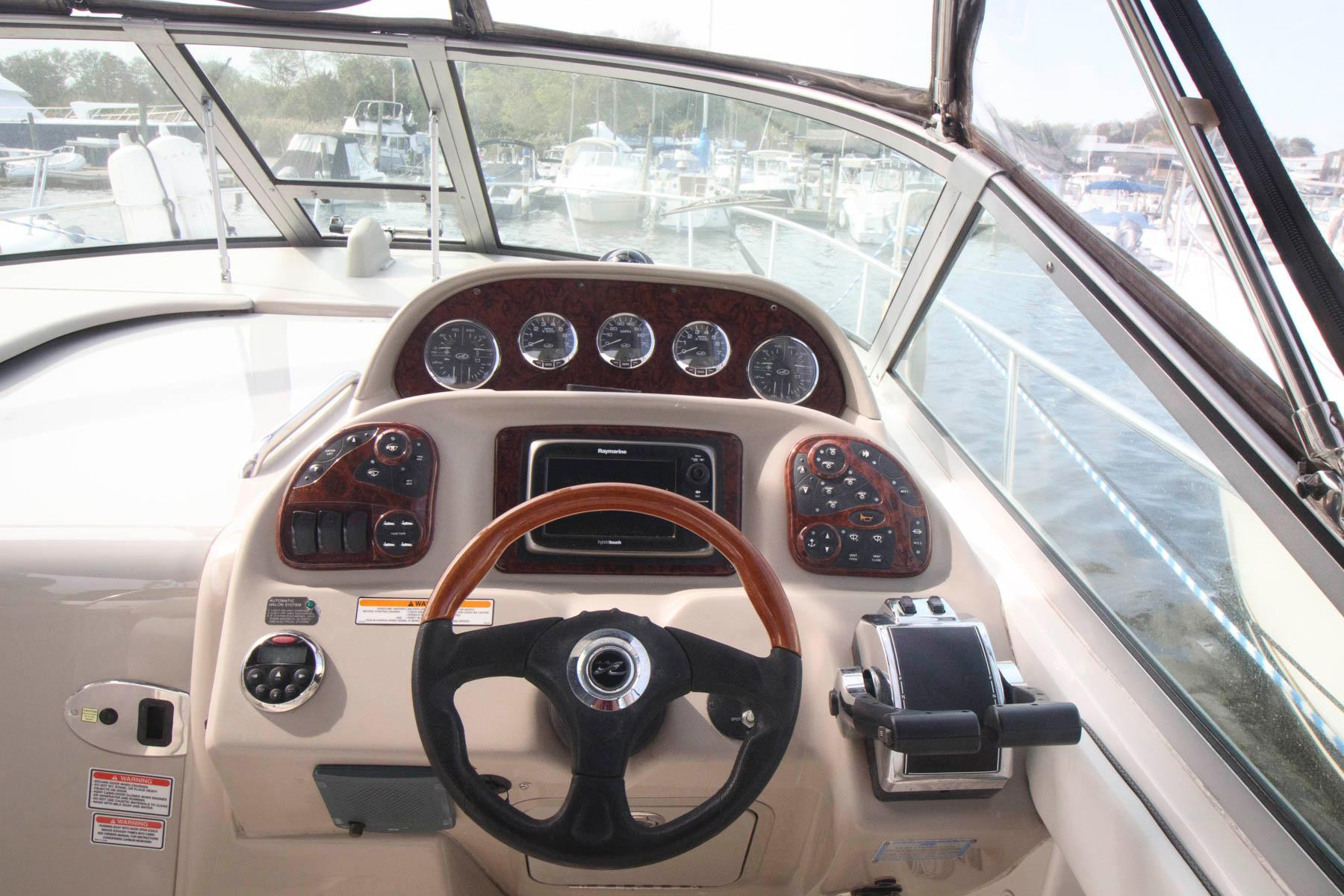 NY 5774 KM Knot 10 Yacht Sales