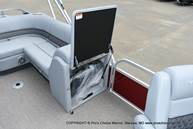 2021 Ranger Boats boat for sale, model of the boat is 220FC w/150HP Mercury 4 Stroke & Image # 8 of 40