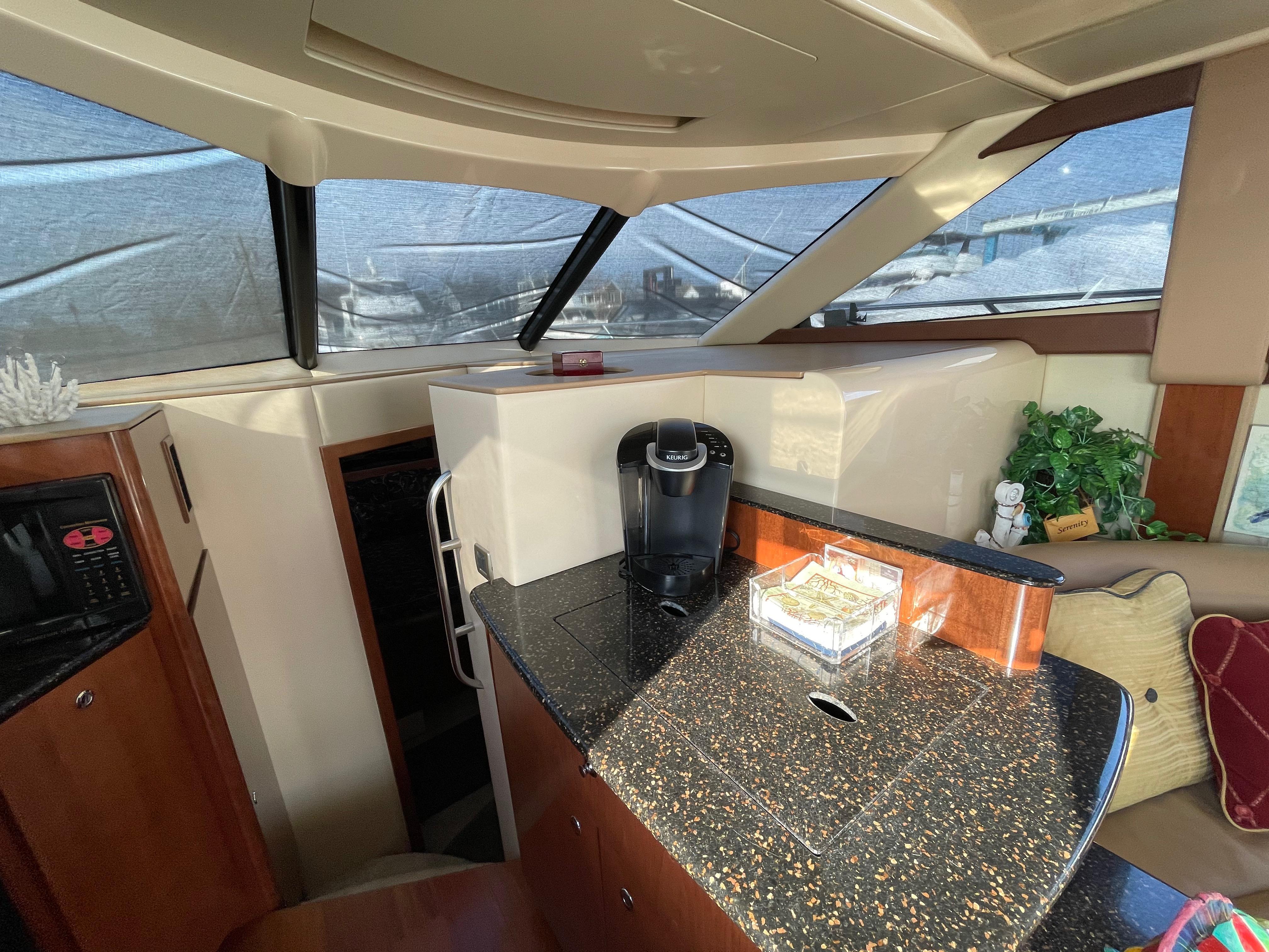 NY 6052 LK Knot 10 Yacht Sales