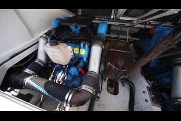 Tiara Yachts Coronet 29 video
