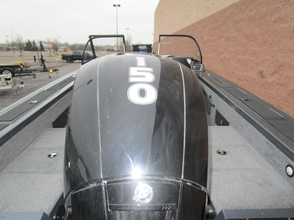 2021 Tracker Boats boat for sale, model of the boat is Targa V-18 WT & Image # 28 of 32