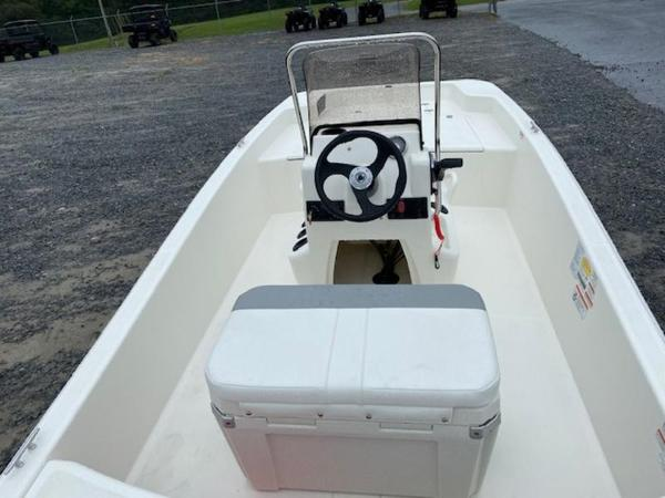 2020 Mako boat for sale, model of the boat is Pro Skiff 15 CC & Image # 2 of 10