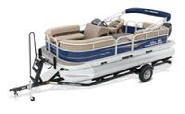 2022 Sun Tracker boat for sale, model of the boat is PARTY BARGE® 18 DLX & Image # 1 of 1