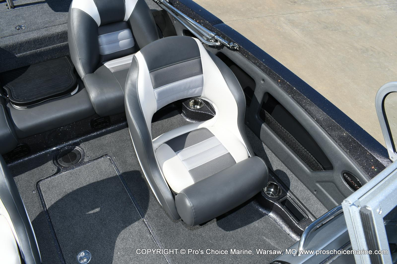2020 Ranger Boats boat for sale, model of the boat is 212LS & Image # 13 of 50