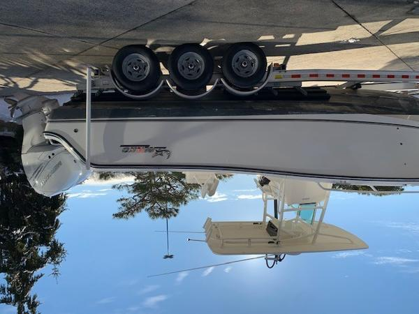 2016 Mako boat for sale, model of the boat is 284CC & Image # 11 of 24