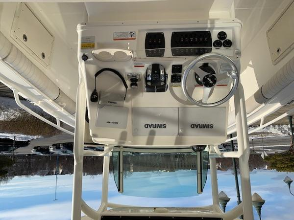 2016 Mako boat for sale, model of the boat is 284CC & Image # 14 of 24
