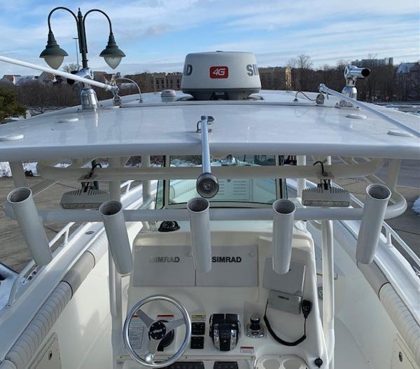 2016 Mako boat for sale, model of the boat is 284CC & Image # 4 of 24