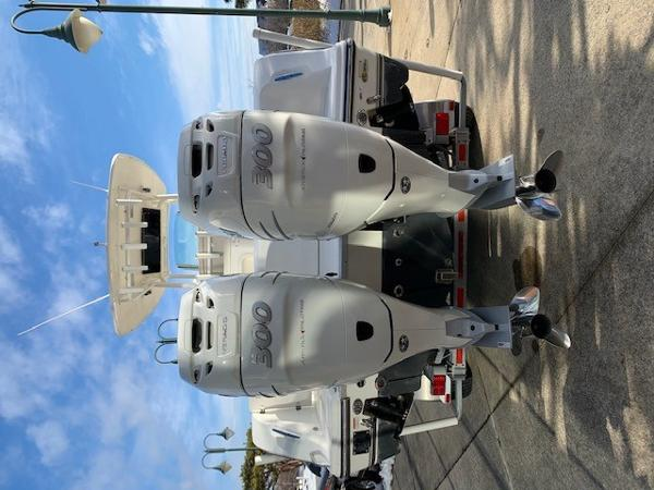 2016 Mako boat for sale, model of the boat is 284CC & Image # 3 of 24
