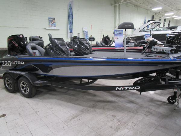 2021 Nitro boat for sale, model of the boat is Z20 & Image # 2 of 14