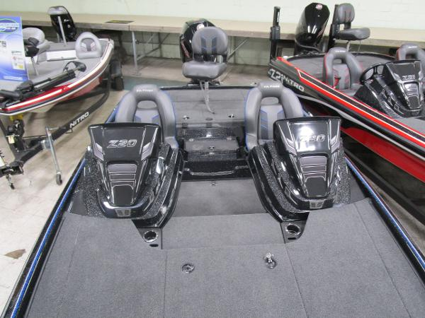2021 Nitro boat for sale, model of the boat is Z20 & Image # 7 of 14