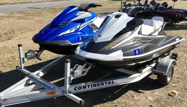 2017 Yamaha boat for sale, model of the boat is FX SVHO & Image # 3 of 9