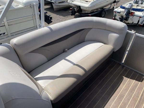 2018 Sweetwater boat for sale, model of the boat is 2286 & Image # 6 of 12