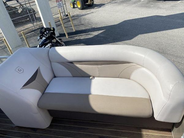 2018 Sweetwater boat for sale, model of the boat is 2286 & Image # 8 of 12