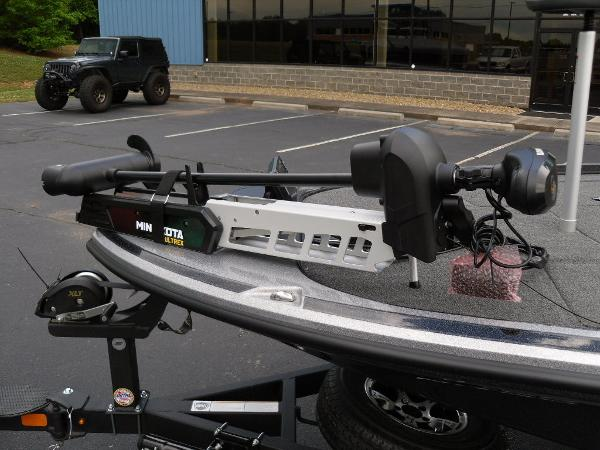 2021 Nitro boat for sale, model of the boat is Z18 Pro & Image # 16 of 25