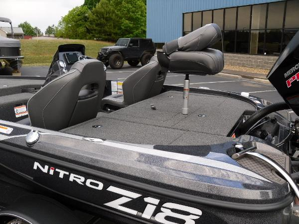 2021 Nitro boat for sale, model of the boat is Z18 Pro & Image # 17 of 25