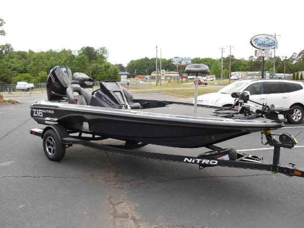 2021 Nitro boat for sale, model of the boat is Z18 Pro & Image # 20 of 25
