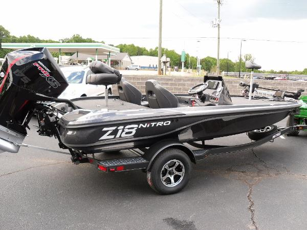 2021 Nitro boat for sale, model of the boat is Z18 Pro & Image # 21 of 25