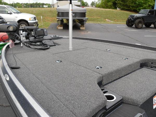 2021 Nitro boat for sale, model of the boat is Z18 Pro & Image # 22 of 25