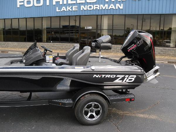 2021 Nitro boat for sale, model of the boat is Z18 Pro & Image # 4 of 25