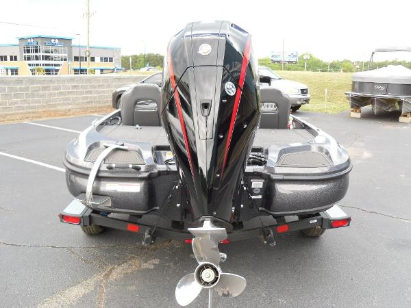 2021 Nitro boat for sale, model of the boat is Z18 Pro & Image # 23 of 25
