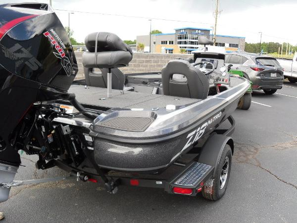 2021 Nitro boat for sale, model of the boat is Z18 Pro & Image # 24 of 25