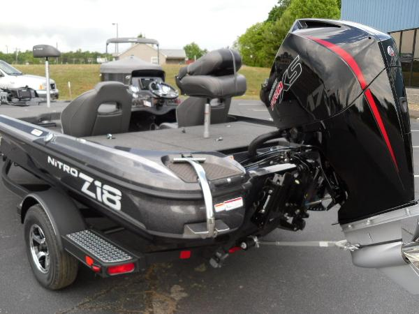 2021 Nitro boat for sale, model of the boat is Z18 Pro & Image # 25 of 25