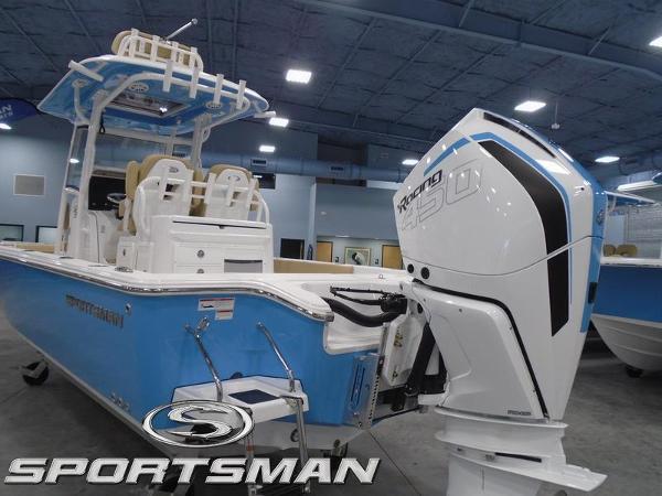 2021 SPORTSMAN Masters 267OE Bay Boat thumbnail