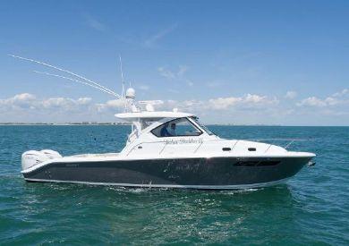2020 35' Pursuit-OS 355 Offshore Cape May, NJ, US