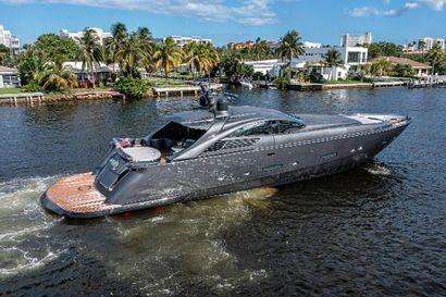 2004 88' 5'' Pershing-88 Fort Lauderdale, FL, US