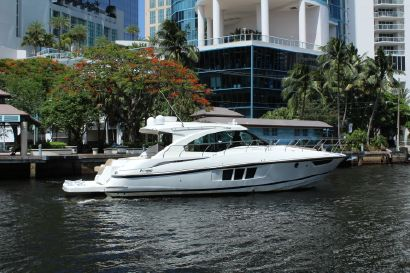 2014 45' Cruisers Yachts-45 Cantius Fort Lauderdale, FL, US