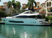 2018 Sunseeker 86 Yacht