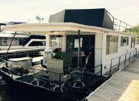 1974 Skipperliner Houseboat