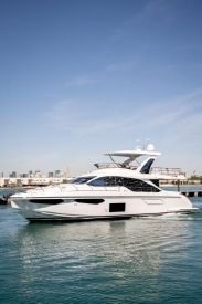 2020 60' Azimut-60 Flybridge Miami Beach, FL, US