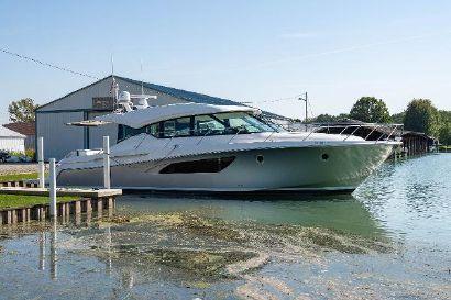 2018 53' Tiara Yachts-C53 Coupe Port Lambton, ON, CA