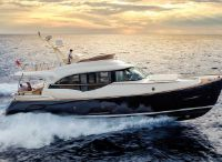 2014 Mochi Craft Dolphin 64 Cruiser