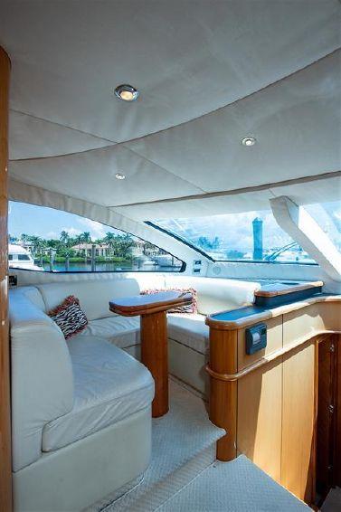 2005-82-sunseeker-82-yacht