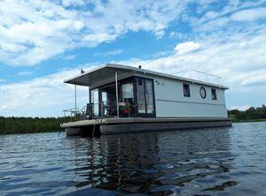 2021 Belize Houseboat Belize