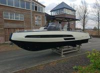 2020 Invictus Yacht Invictus 320 GT met 2 x Volvo Penta 350 pk VAARKLAAR!