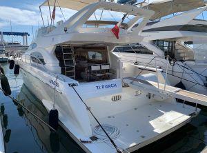 2002 Ferretti Yachts 530